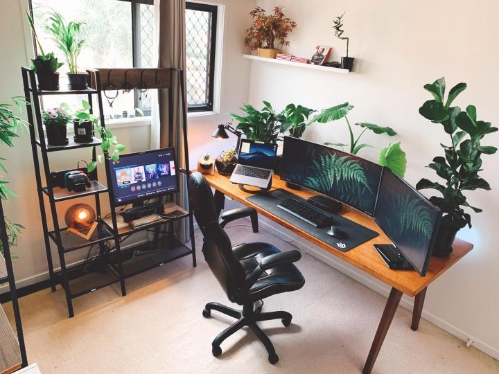 Show_Your_PC_Desk_UltlaWideMonitor_Part61_25.jpg