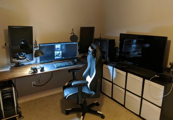 Show_Your_PC_Desk_UltlaWideMonitor_Part61_40.jpg