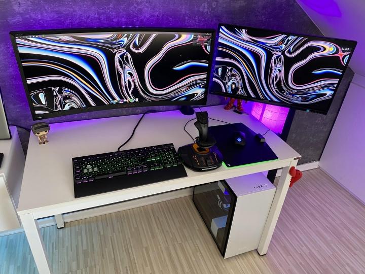 Show_Your_PC_Desk_UltlaWideMonitor_Part61_42.jpg