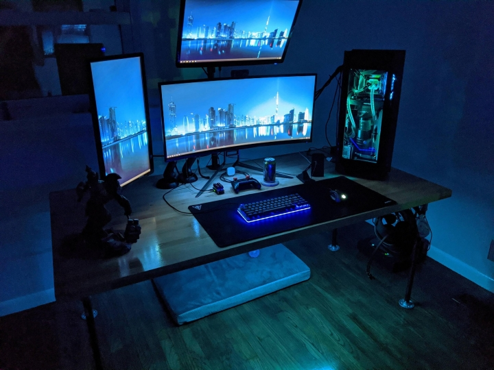 Show_Your_PC_Desk_UltlaWideMonitor_Part61_56.jpg