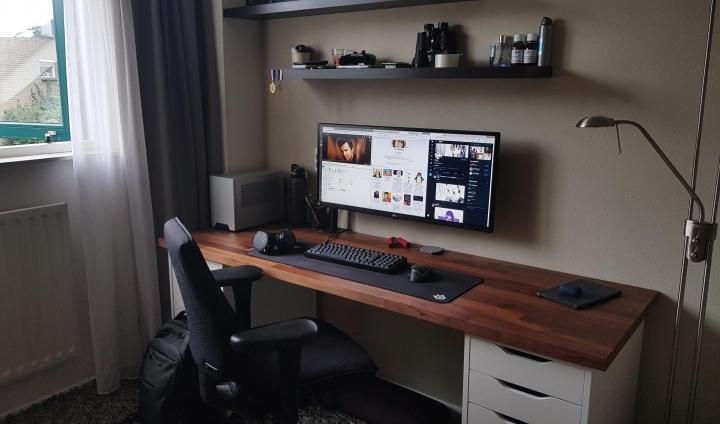 Show_Your_PC_Desk_UltlaWideMonitor_Part61_92.jpg