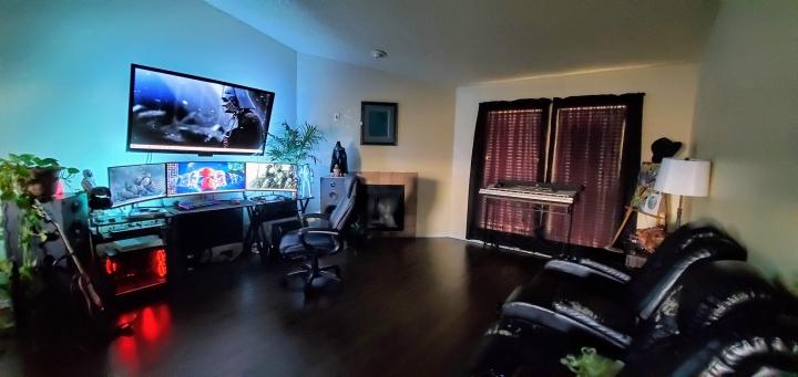 Show_Your_PC_Desk_UltlaWideMonitor_Part61_94.jpg