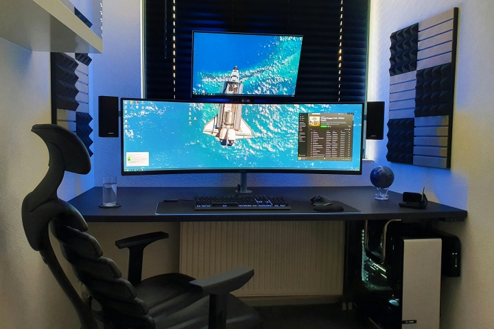 Show_Your_PC_Desk_UltlaWideMonitor_Part62_01.jpg