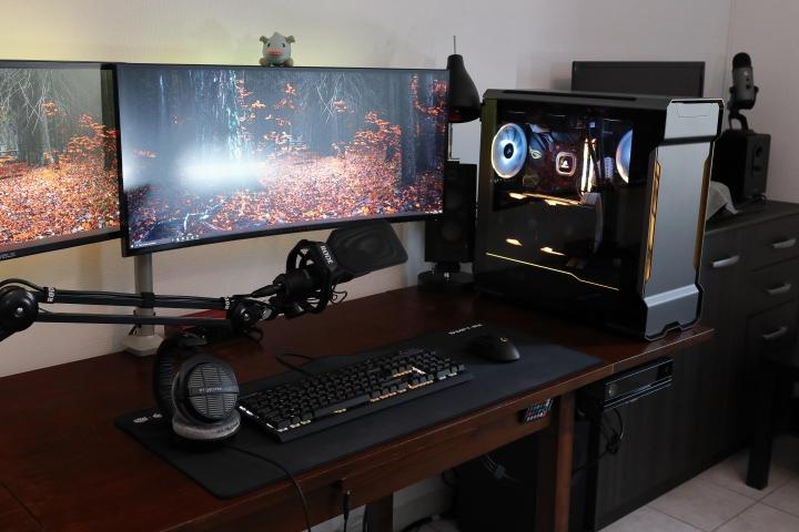 Show_Your_PC_Desk_UltlaWideMonitor_Part62_06.jpg