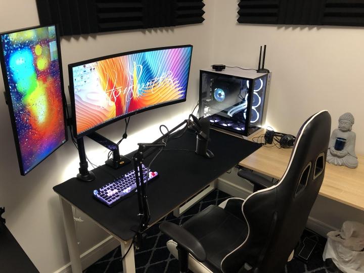 Show_Your_PC_Desk_UltlaWideMonitor_Part62_16.jpg