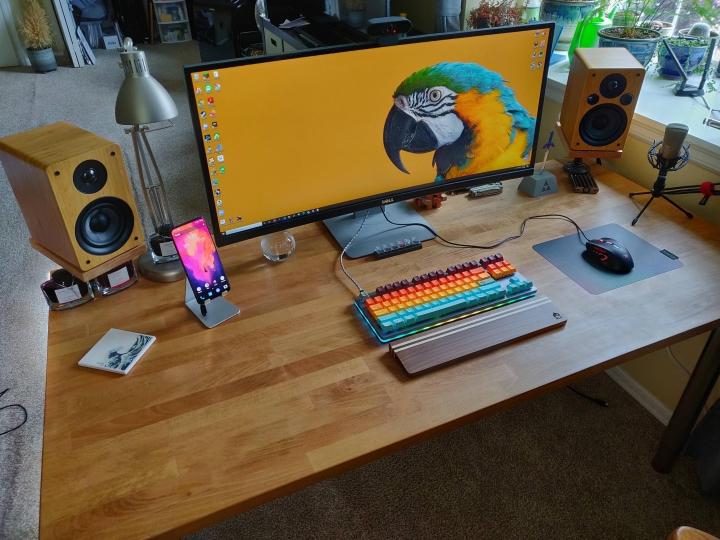 Show_Your_PC_Desk_UltlaWideMonitor_Part62_17.jpg