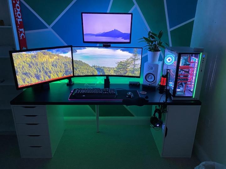 Show_Your_PC_Desk_UltlaWideMonitor_Part62_38.jpg