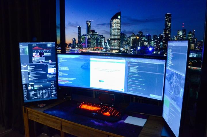Show_Your_PC_Desk_UltlaWideMonitor_Part62_73.jpg