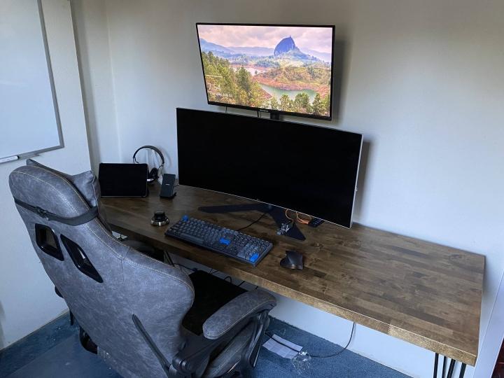 Show_Your_PC_Desk_UltlaWideMonitor_Part63_03.jpg