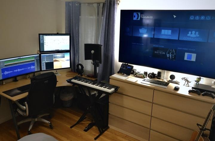 Show_Your_PC_Desk_UltlaWideMonitor_Part63_05.jpg