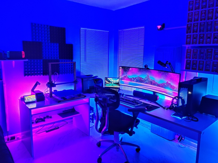 Show_Your_PC_Desk_UltlaWideMonitor_Part63_17.jpg