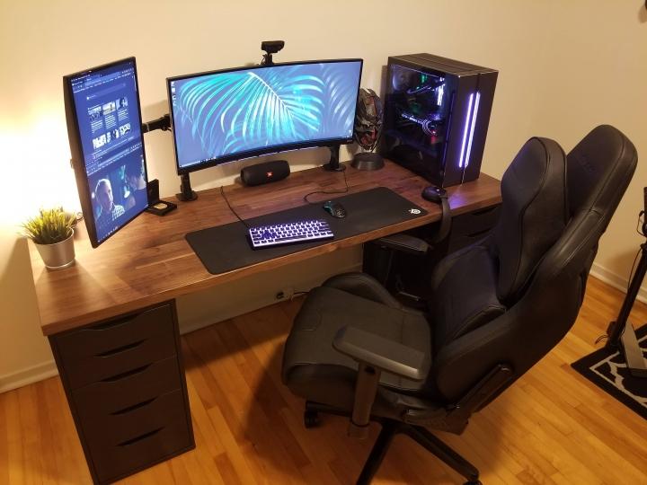 Show_Your_PC_Desk_UltlaWideMonitor_Part63_18.jpg