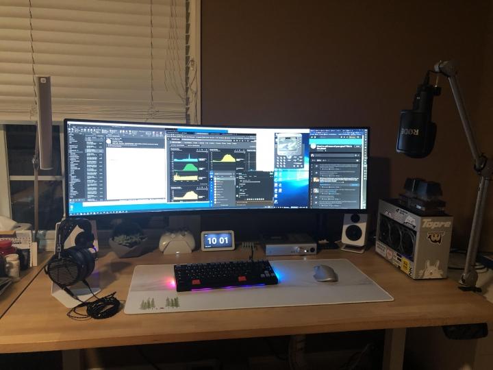 Show_Your_PC_Desk_UltlaWideMonitor_Part63_67.jpg