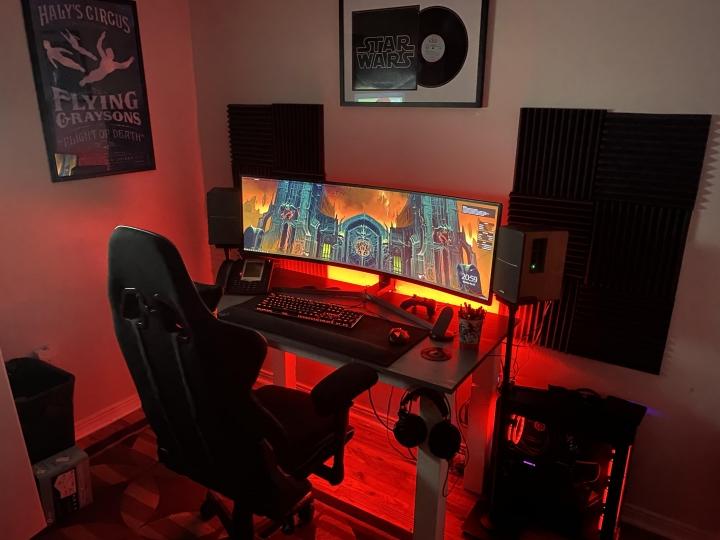Show_Your_PC_Desk_UltlaWideMonitor_Part63_68.jpg