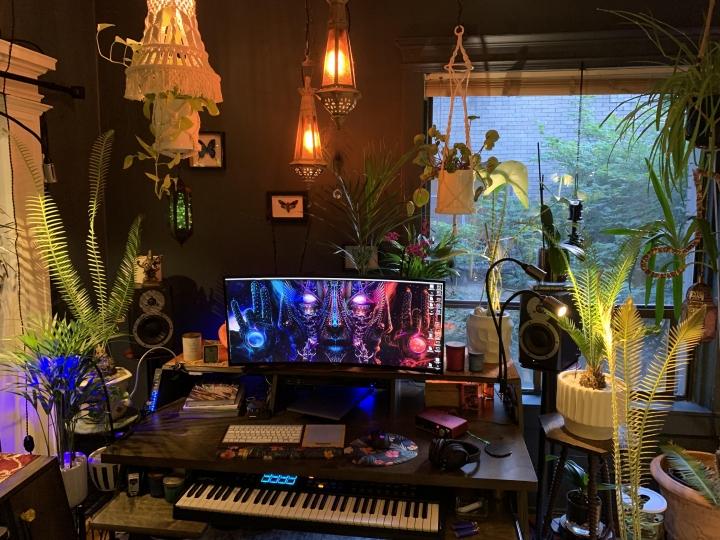 Show_Your_PC_Desk_UltlaWideMonitor_Part63_71.jpg