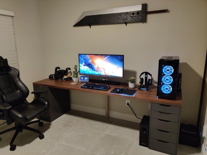 Show_Your_PC_Desk_UltlaWideMonitor_Part63_93.jpg