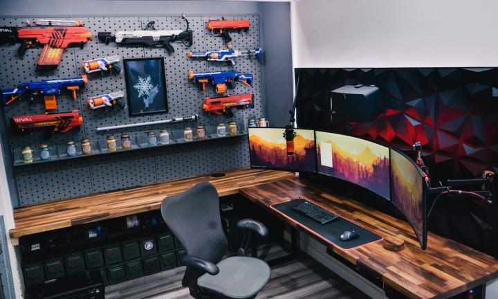 Show_Your_PC_Desk_UltlaWideMonitor_Part64_03.jpg
