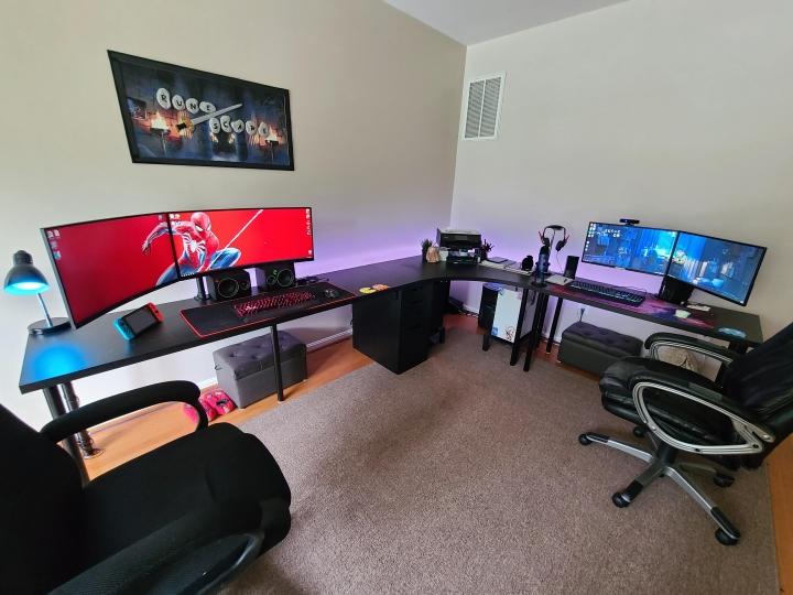 Show_Your_PC_Desk_UltlaWideMonitor_Part64_11.jpg