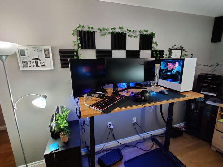 Show_Your_PC_Desk_UltlaWideMonitor_Part64_19.jpg