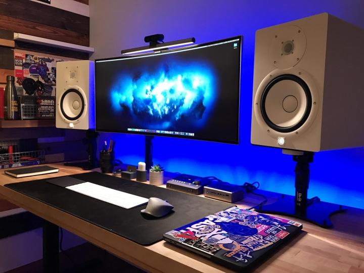Show_Your_PC_Desk_UltlaWideMonitor_Part64_27.jpg