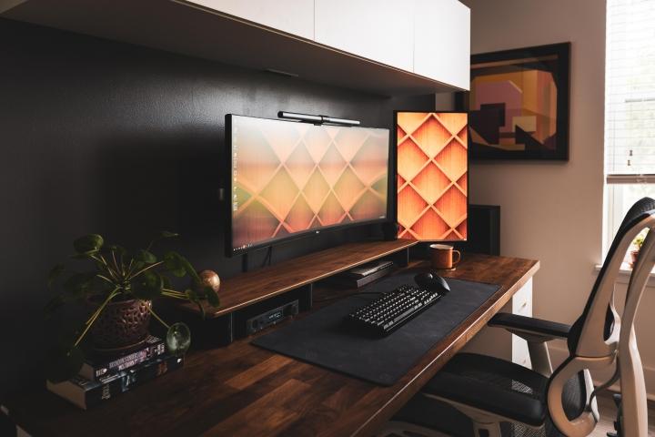 Show_Your_PC_Desk_UltlaWideMonitor_Part64_31.jpg