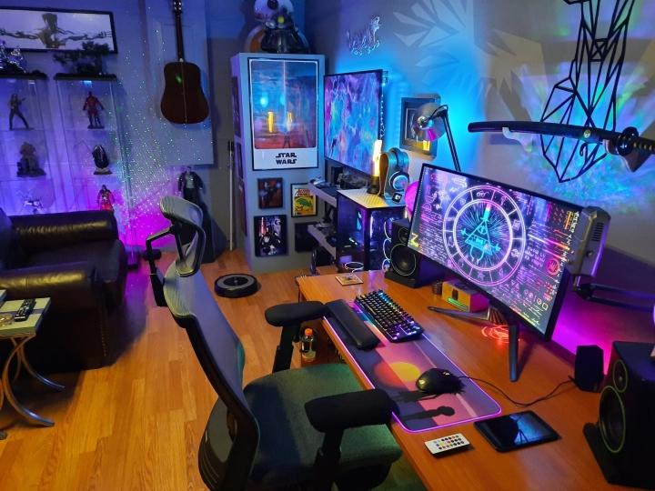 Show_Your_PC_Desk_UltlaWideMonitor_Part64_34.jpg