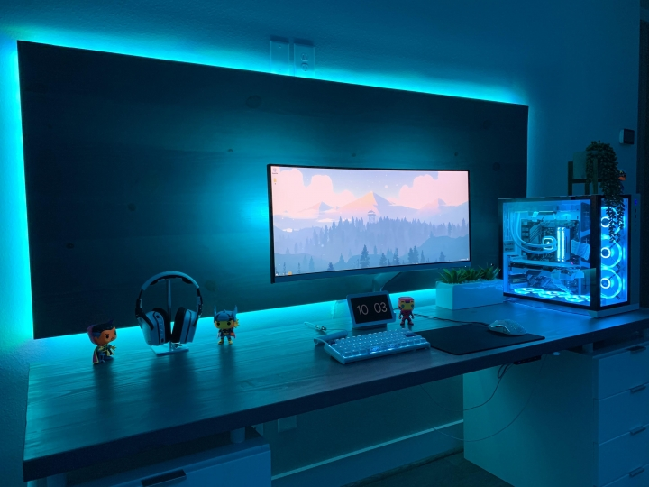 Show_Your_PC_Desk_UltlaWideMonitor_Part64_43.jpg