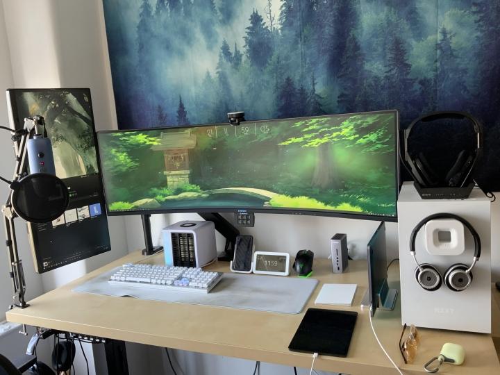 Show_Your_PC_Desk_UltlaWideMonitor_Part64_47.jpg
