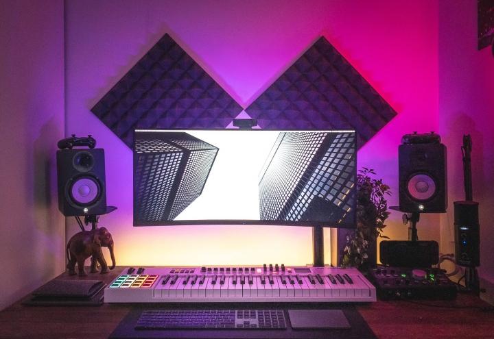 Show_Your_PC_Desk_UltlaWideMonitor_Part64_71.jpg