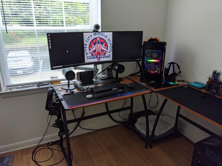 Show_Your_PC_Desk_UltlaWideMonitor_Part64_82.jpg