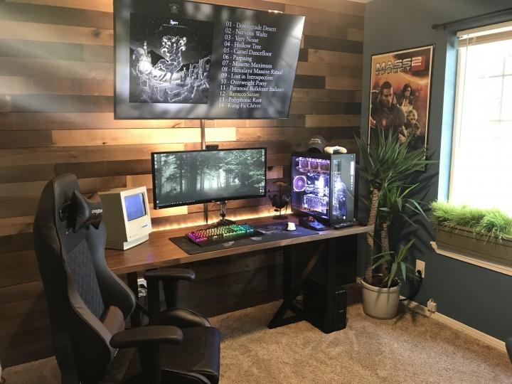 Show_Your_PC_Desk_UltlaWideMonitor_Part64_98.jpg