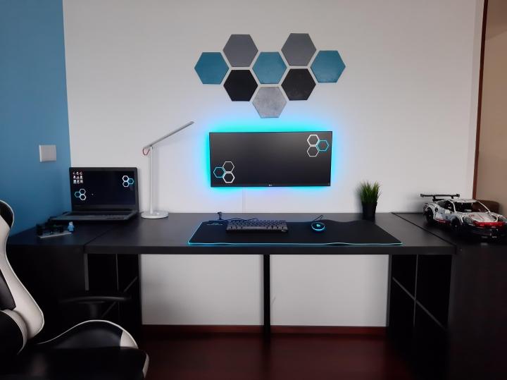 Show_Your_PC_Desk_UltlaWideMonitor_Part65_12.jpg