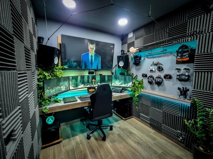 Show_Your_PC_Desk_UltlaWideMonitor_Part65_24.jpg