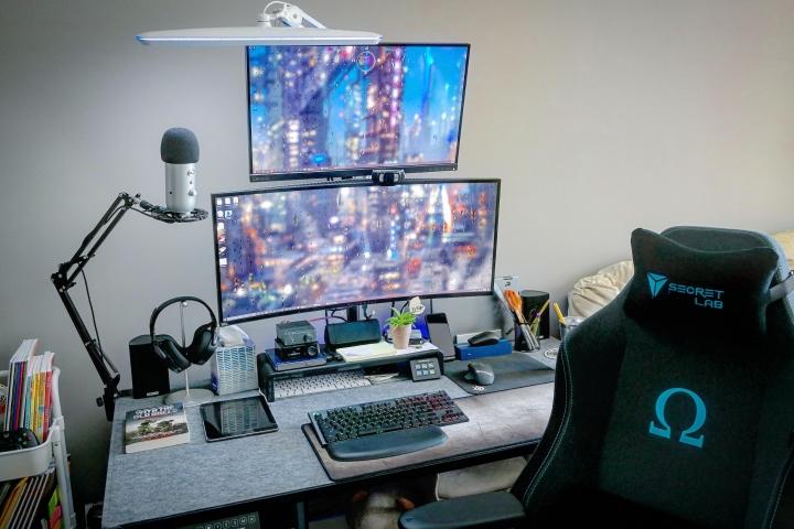 Show_Your_PC_Desk_UltlaWideMonitor_Part65_28.jpg