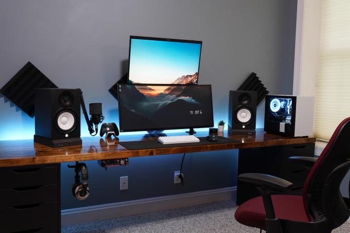 Show_Your_PC_Desk_UltlaWideMonitor_Part65_31.jpg