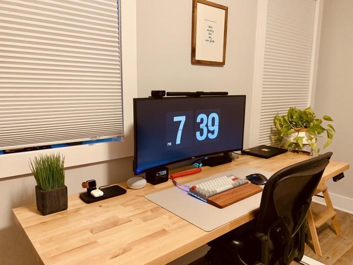 Show_Your_PC_Desk_UltlaWideMonitor_Part65_33.jpg
