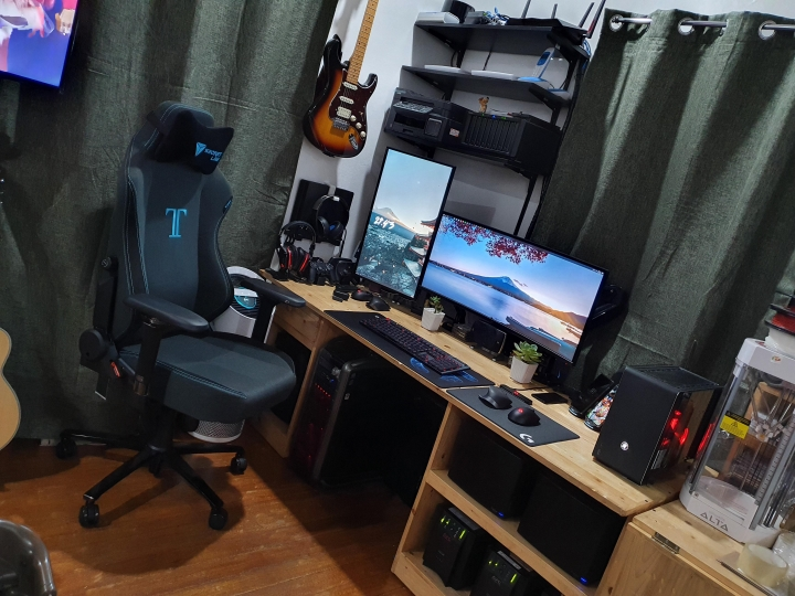 Show_Your_PC_Desk_UltlaWideMonitor_Part65_42.jpg
