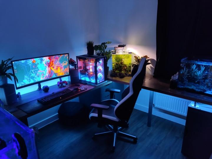 Show_Your_PC_Desk_UltlaWideMonitor_Part65_53.jpg