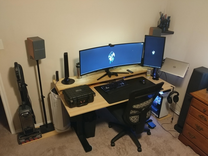 Show_Your_PC_Desk_UltlaWideMonitor_Part65_54.jpg