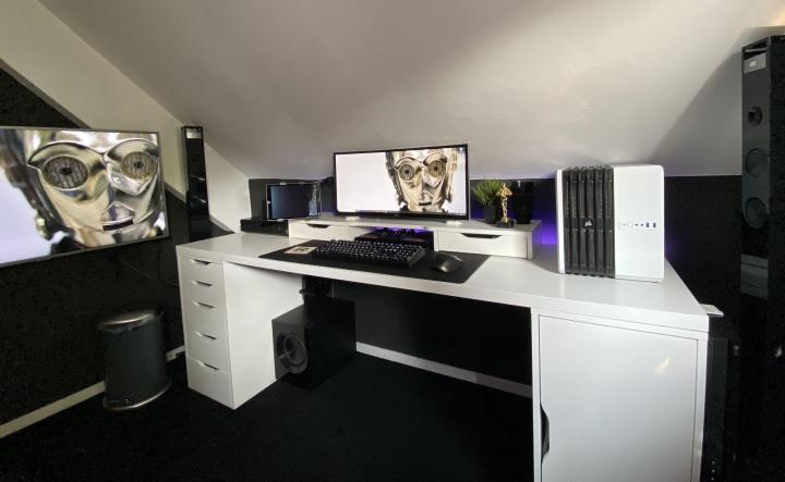 Show_Your_PC_Desk_UltlaWideMonitor_Part65_58.jpg