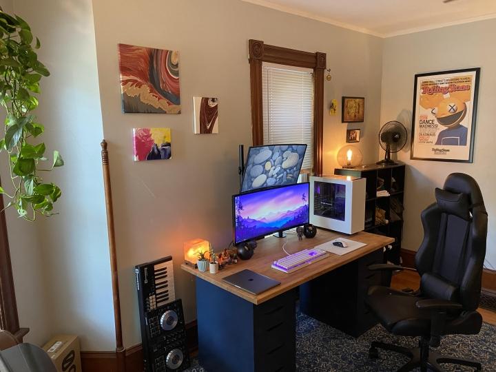 Show_Your_PC_Desk_UltlaWideMonitor_Part65_59b.jpg