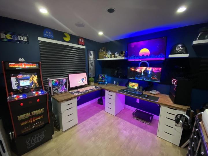 Show_Your_PC_Desk_UltlaWideMonitor_Part65_60.jpg