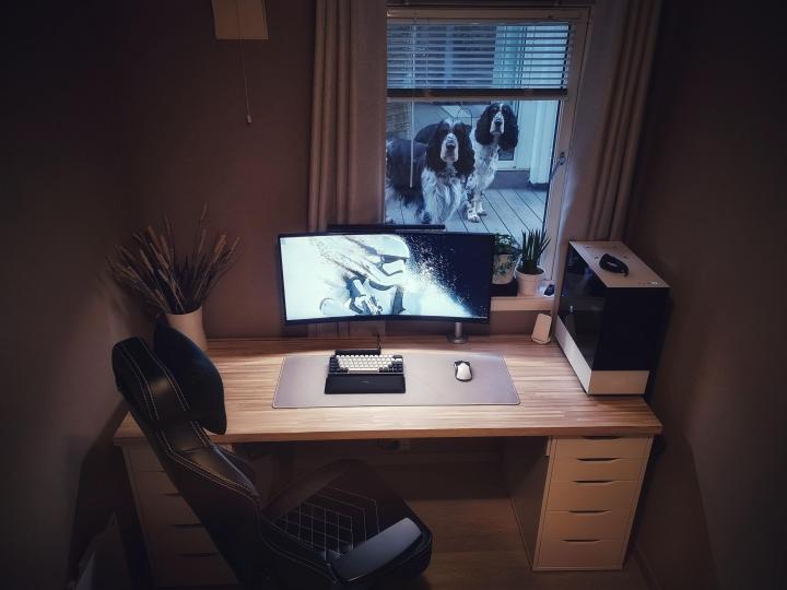 Show_Your_PC_Desk_UltlaWideMonitor_Part65_93.jpg