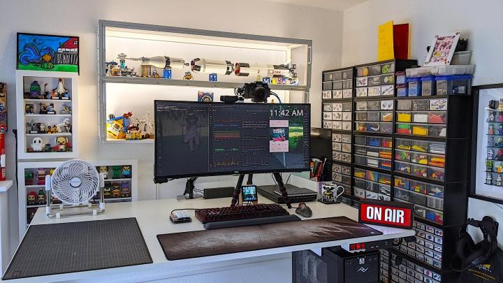 Show_Your_PC_Desk_UltlaWideMonitor_Part65_97.jpg