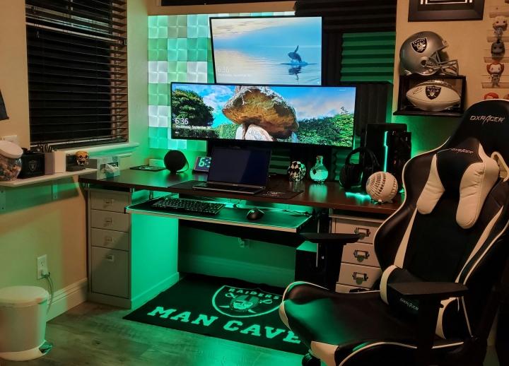 Show_Your_PC_Desk_UltlaWideMonitor_Part66_30.jpg