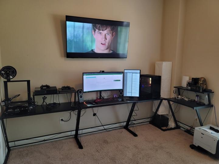 Show_Your_PC_Desk_UltlaWideMonitor_Part66_38.jpg