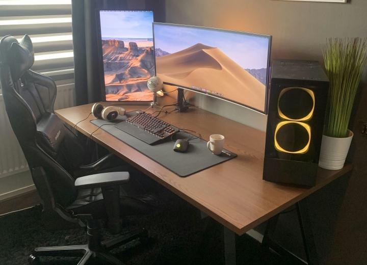 Show_Your_PC_Desk_UltlaWideMonitor_Part66_72.jpg