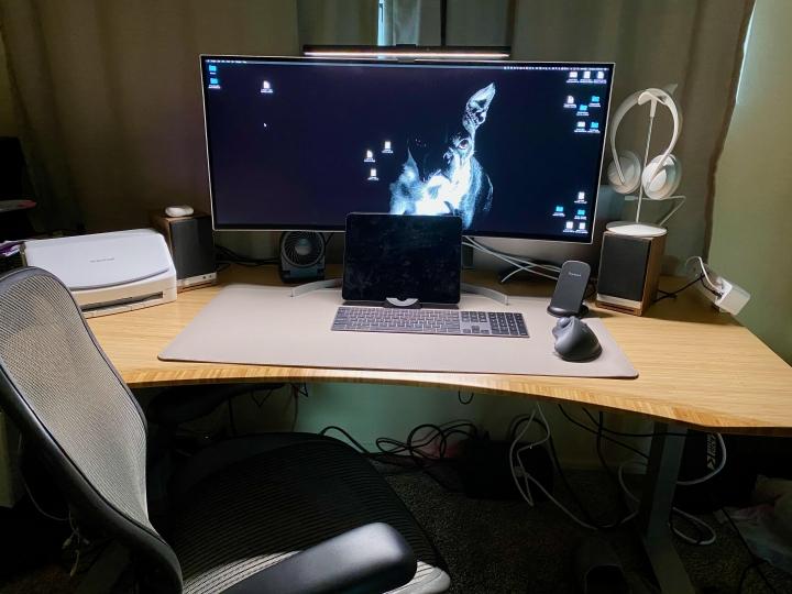 Show_Your_PC_Desk_UltlaWideMonitor_Part67_04.jpg