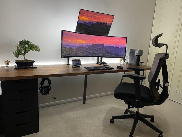 Show_Your_PC_Desk_UltlaWideMonitor_Part67_09.jpg