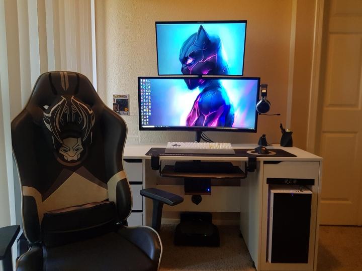 Show_Your_PC_Desk_UltlaWideMonitor_Part67_11.jpg